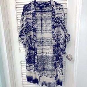 STEVE MADDEN Kimono with Fringe & Raglan Sleeves